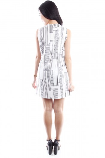 Geometric Print Shift Dress