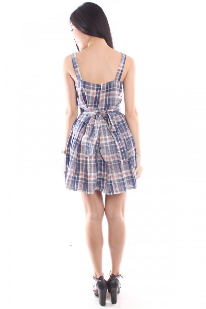 25988ad3c5  1255-5423-thickbox plaid-skater-dress.jpg