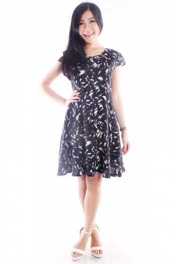 Abstract Scallop Skater Dress