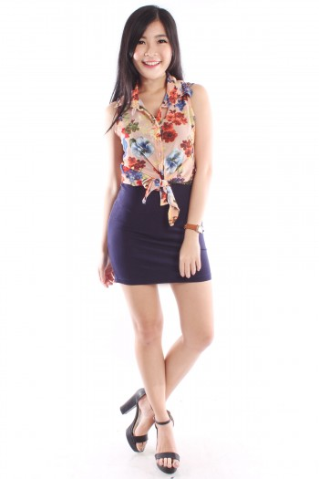 /1388-5956-thickbox/floral-tie-top.jpg