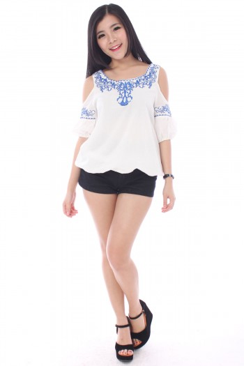 Slit Sleeves Embroidered Top