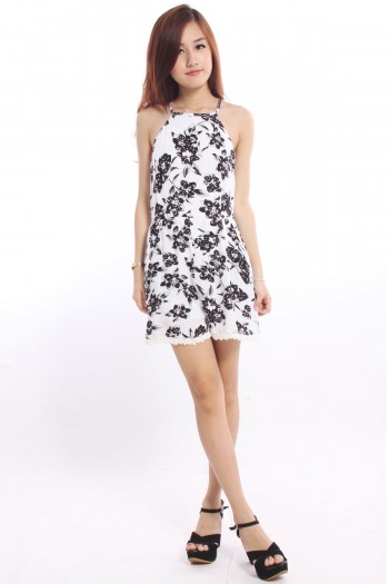 /1756-7436-thickbox/square-neck-floral-playsuit.jpg