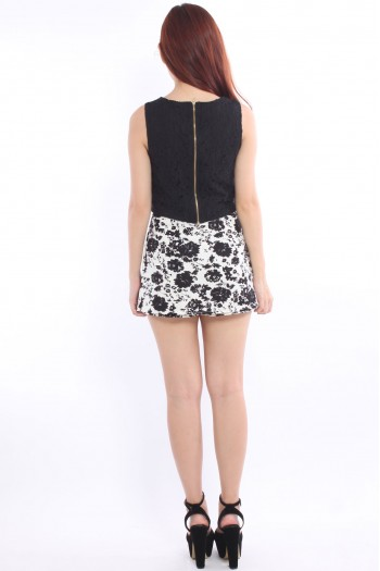 Porcelain Pleated Skorts