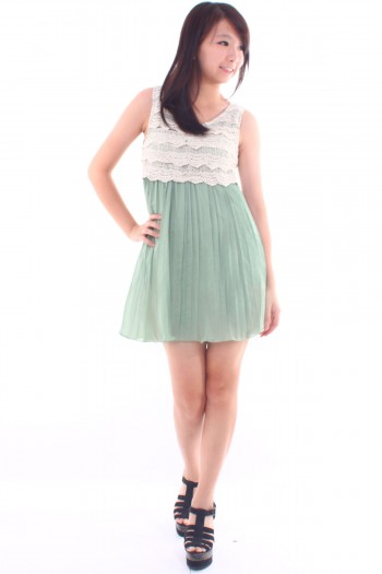 Crochet Tier Pleated Dress