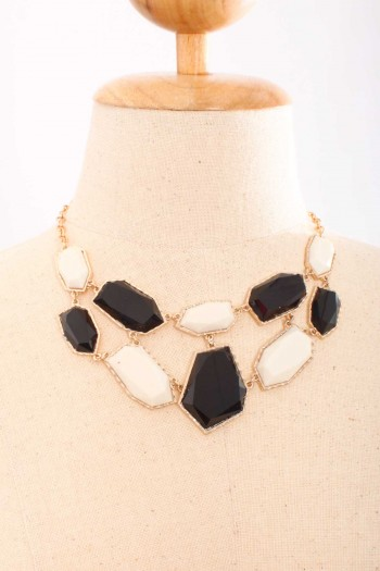 Contrast Gemstone Necklace