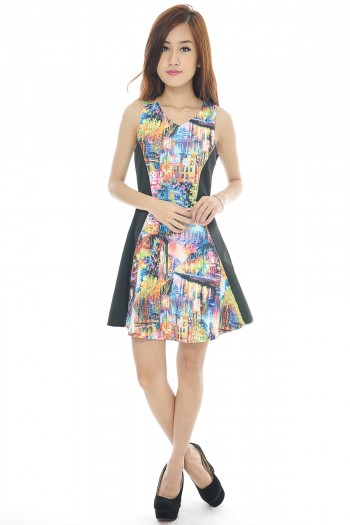 Abstract Contrast Dress
